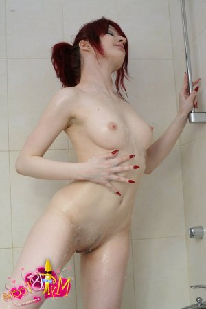 Samantha hairy escorts St Albans